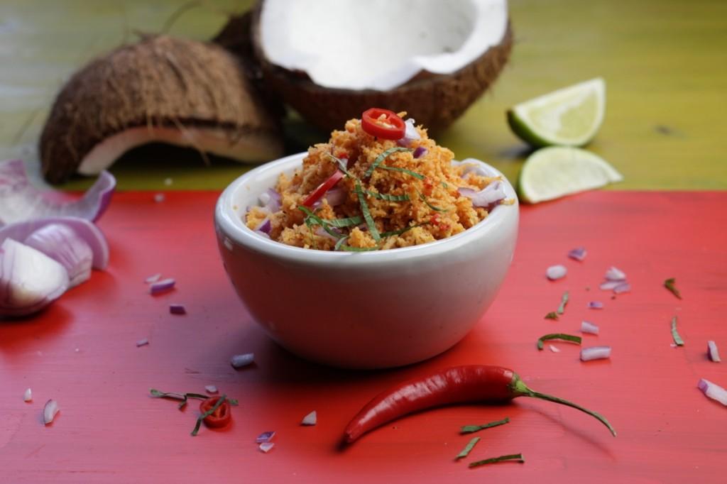 Pol Sambol - spicy coconut chutney