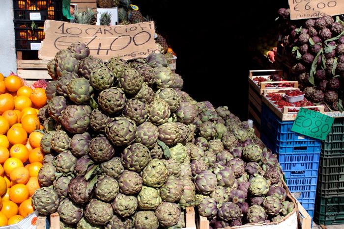Carciofi! Artichokes in Trastevere, Rome, Italy - The Lotus and the Artichoke - Vegan Cookbook