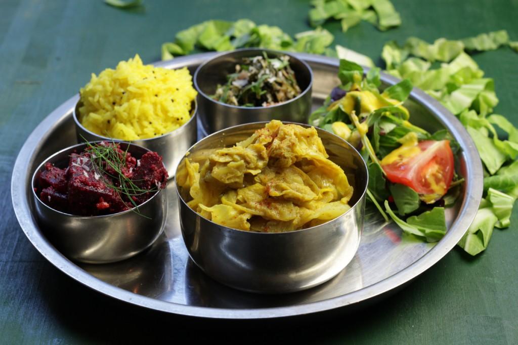 Sri Lankan Cabbage & Coconut Curry - Gowa Mallum